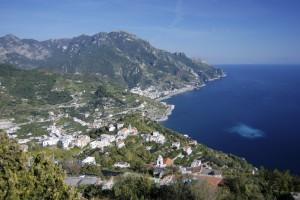 Frühlingswandern im Welterbe Costiera Amalfitana (Süditalien)