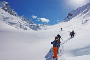 Schneeschuh-Trekking Sustligebiet und Grassenbiwak (UR)
