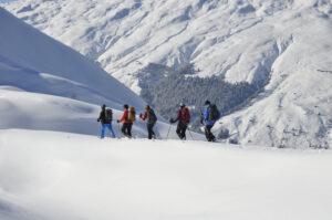 Schneeschuh-Weekend Hoteltour Sonnenkrete bei Obermutten (GR)