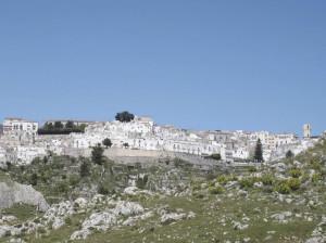 Meer- und Bergwandern am Gargano. Spätherbst an Apuliens Stiefelsporn (I)