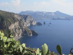 Äolische Inseln: sieben Perlen vor Siziliens Nordküste