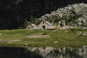 Herbstwochenende im Valle Verzasca