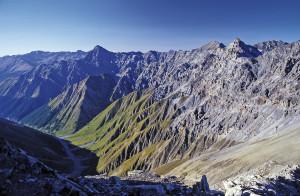 Grenzschlängeln zwischen Val Trupchun und Berninapass