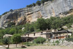 Naturpark Lubéron: Schluchten, Eichenwälder und verträumte Dörfer in der Provence (F)
