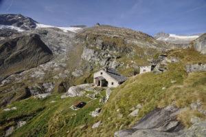 Läntalücke und Gemskanzel: Alpine Tour vom Valsertal ins Tessin
