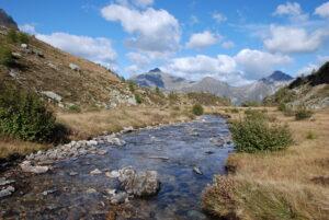 Durchs bergige Herz des Tessins: Trekking Valle di Peccia & Val Bavona