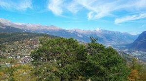 Frühlingswandern in den Sonnenflanken oberhalb von Sion